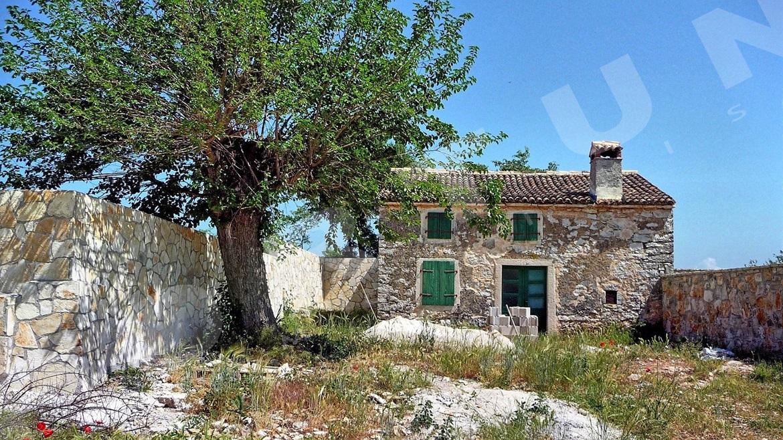 Stone Cottage In A Small Village Close To Rovinj