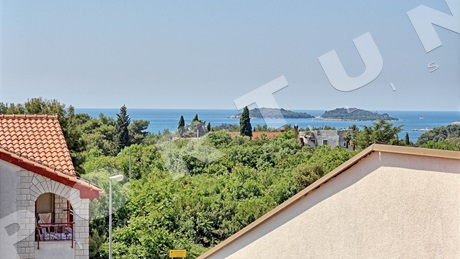 Two-level three bedroom penthouse with stunning sea views in a sought after location in Rovinj