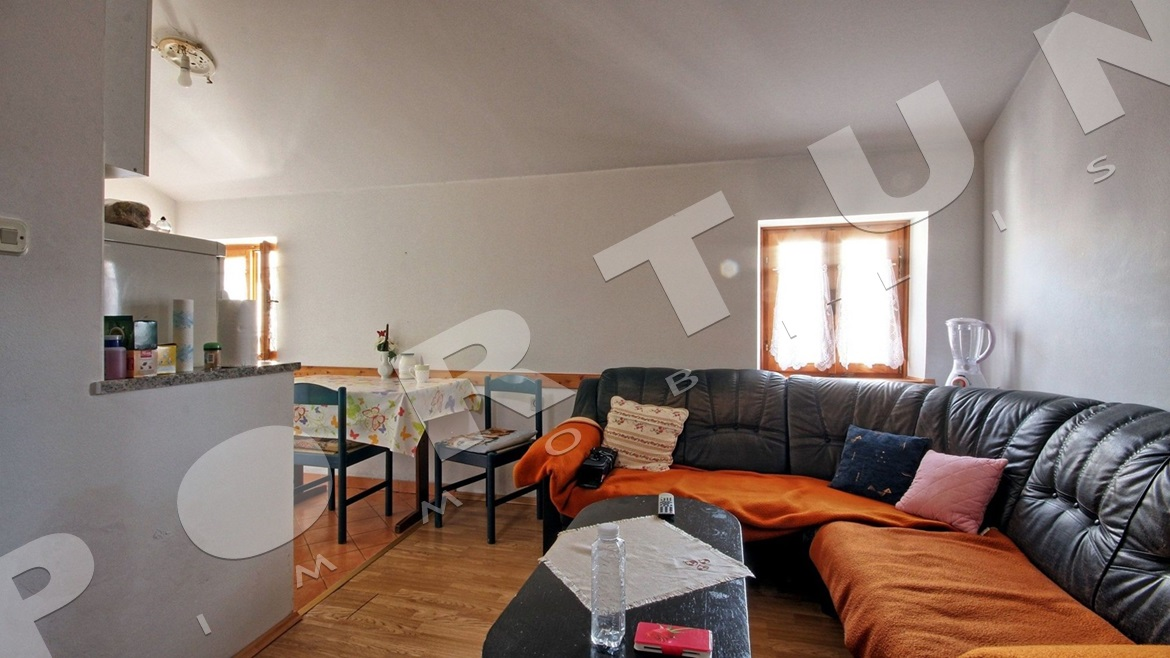 Three bedroom apartment in the old town Rovinj, 165.000 €