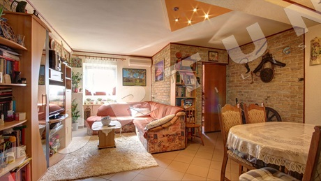 Three bedroom flat with yard in Rovinj