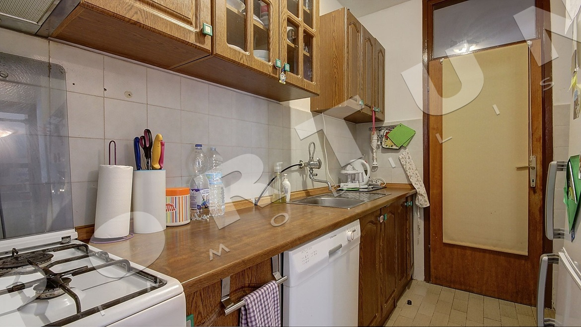 Bright two bedroom flat with huge storage space in Rovinj, 160.000 €