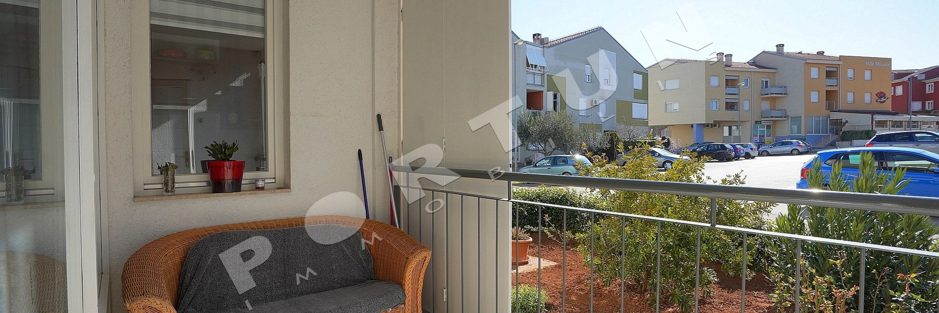 Bright two bedroom flat in Rovinj, 160.000 €