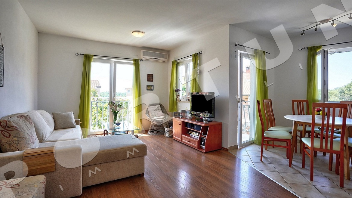Bright and airy two bedroom flat in the surroundings of Rovinj, 99.000 €