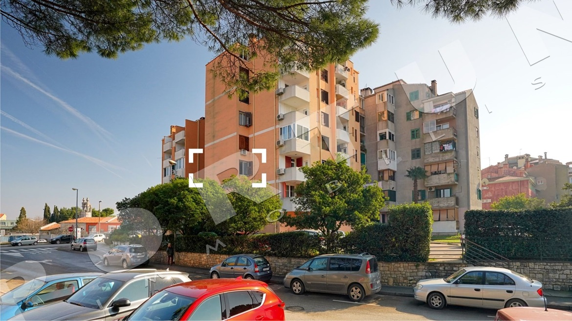 One bedroom flat with sea view  in Rovinj, 143.000 €