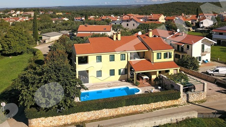 House with pool close to Rovinj