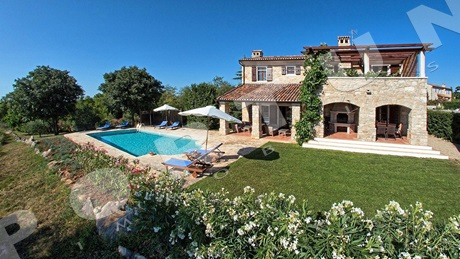 Luxorious villa with pool in the Istrian hinterland