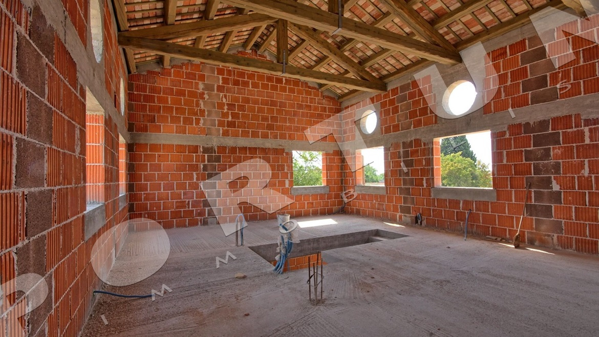 New house with pool in the vicinity of Svetvinčenat, Price on request