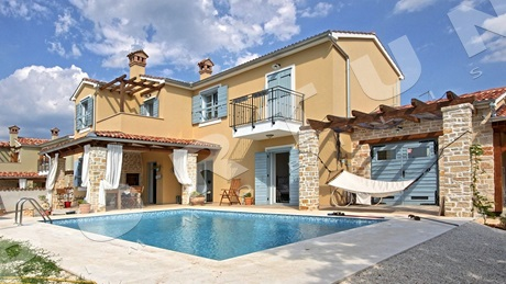 Four bedroom new villa in a quiet location close to Svetvinčenat