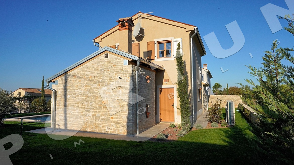 New house with pool in the surroundings of Svetvinčenat, 312.500 €
