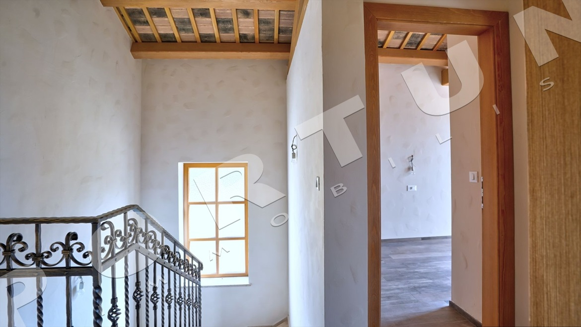 New house with pool in the surroundings of Svetvinčenat, 299.000 €