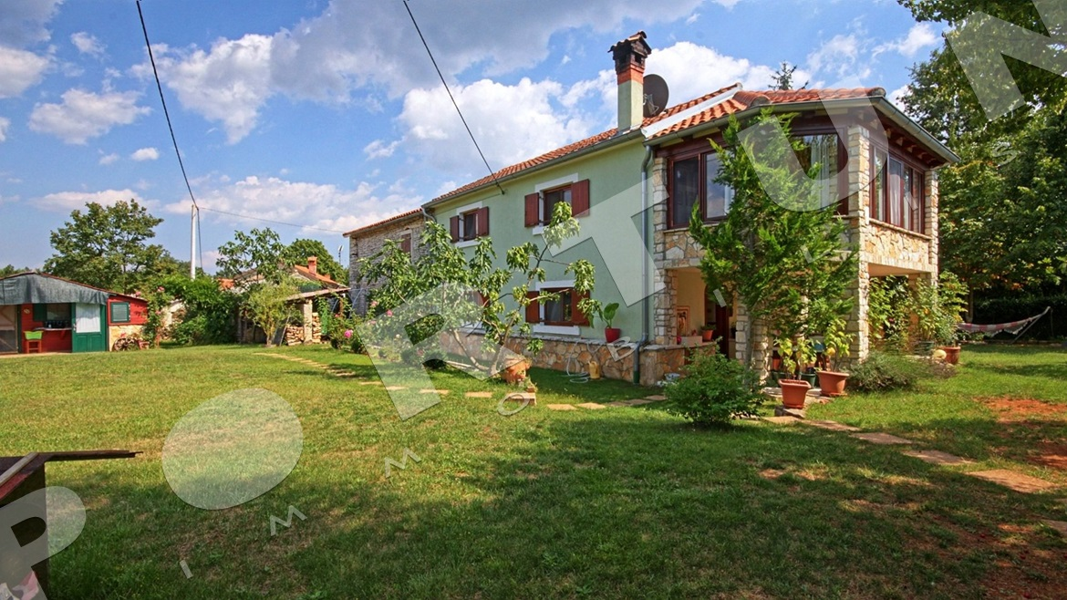 Restored estate in central Istria, 195.000 €