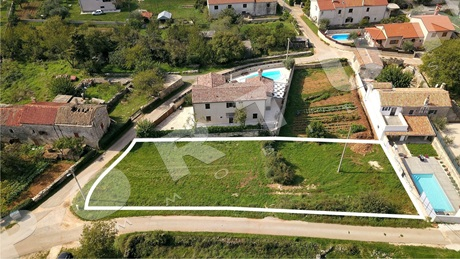 Building land located in the countryside of Svetvincenat