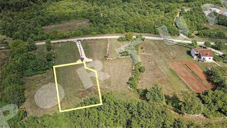 Land with building permit sold