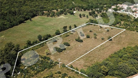 Plot in the surroundings of Rovinj