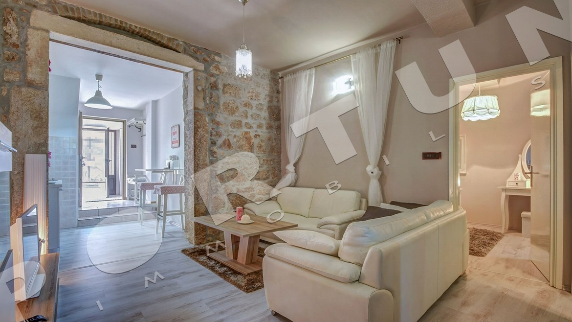 A moderate dose of luxury in the Rovinj's center, 130.000 €
