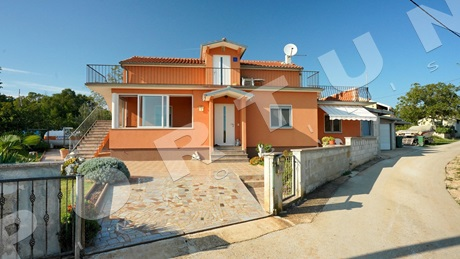 House with two apartments in the surroundings of Rovinj
