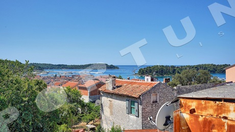 Stone house with panoramic sea views in Rovinj