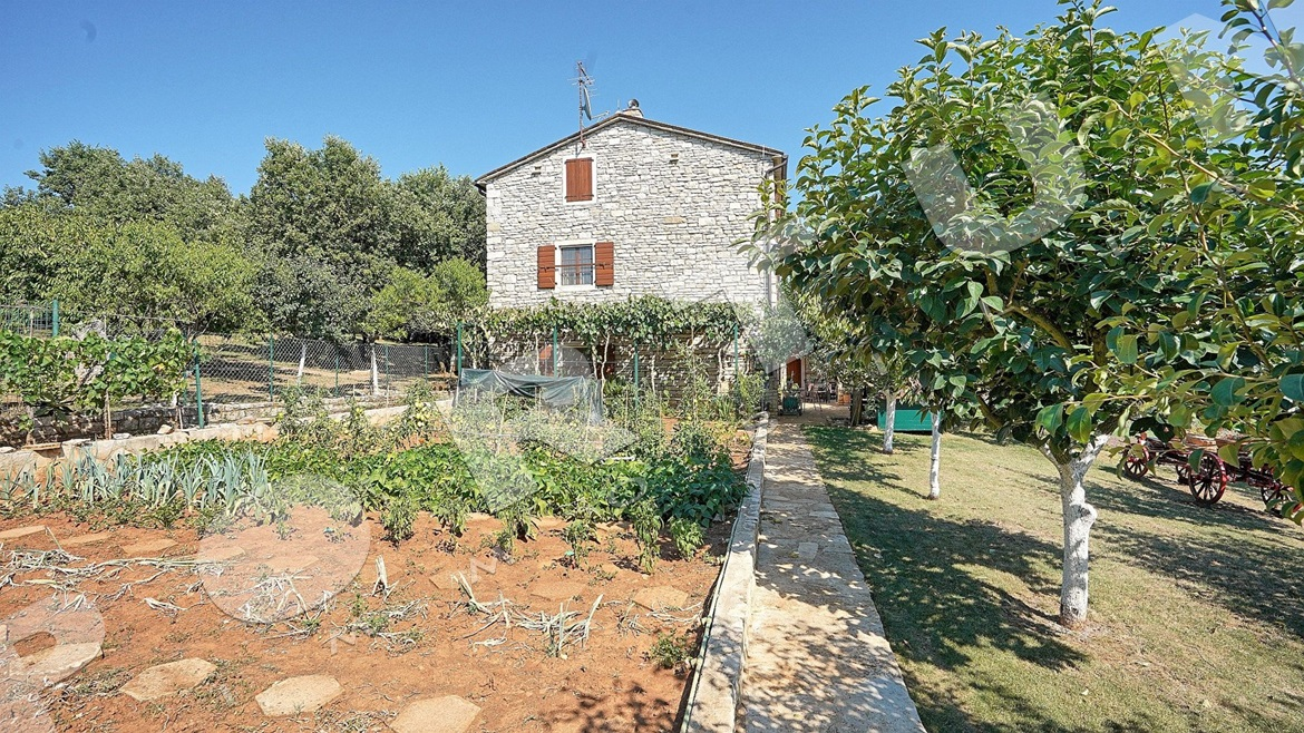 Stone house in Northern Istria, 800.000 €